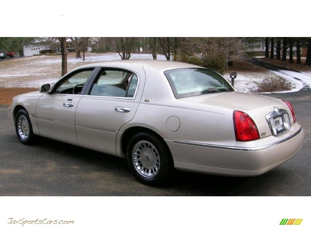 2000 Lincoln Town Car Cartier In Ivory Parchment Pearl Tri Coat Photo 4 778295 Jax Sports