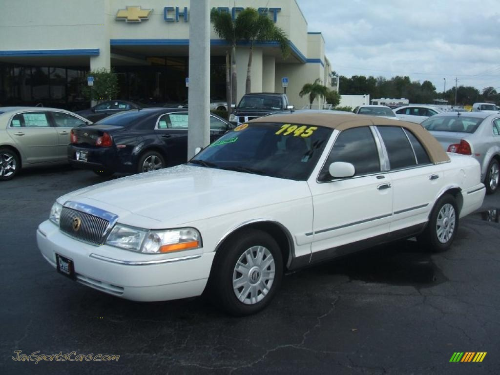 2004 Mercury Grand Marquis Gs In Vibrant White 643011