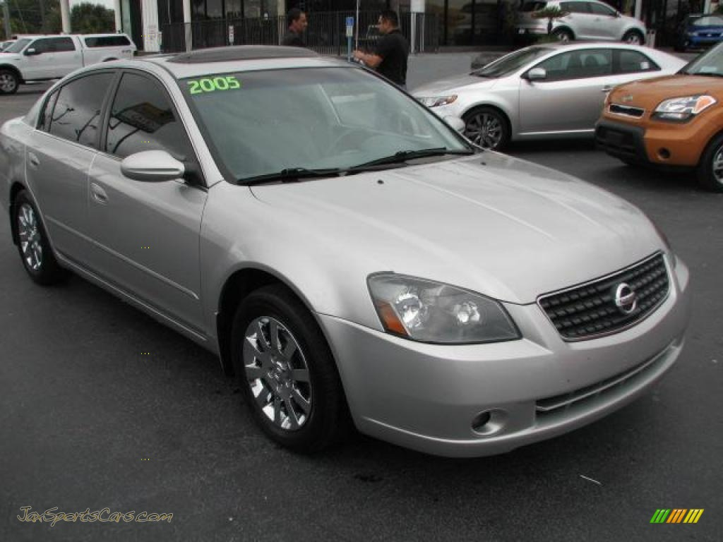 2005 nissan altima 2 5 s in sheer silver metallic 325394. Black Bedroom Furniture Sets. Home Design Ideas