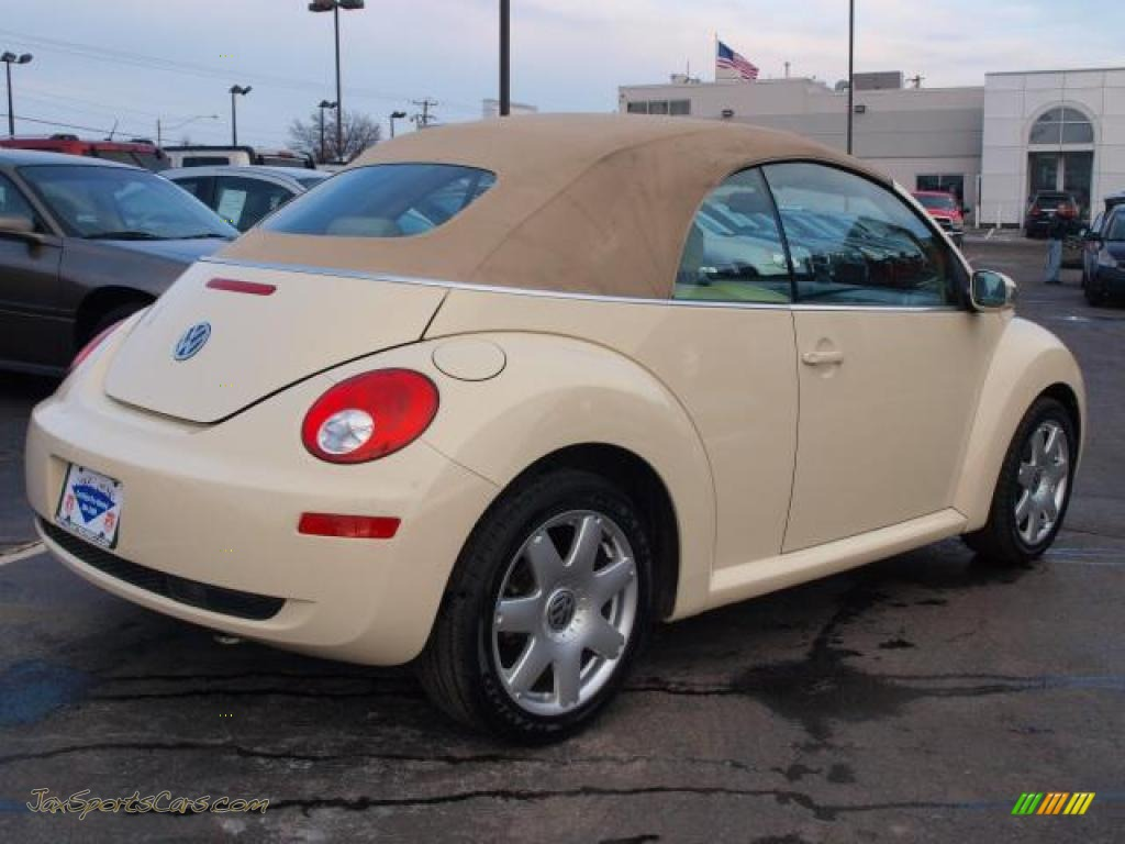 2006 volkswagen new beetle 2 5 convertible in harvest moon beige photo 3 320420 jax sports. Black Bedroom Furniture Sets. Home Design Ideas