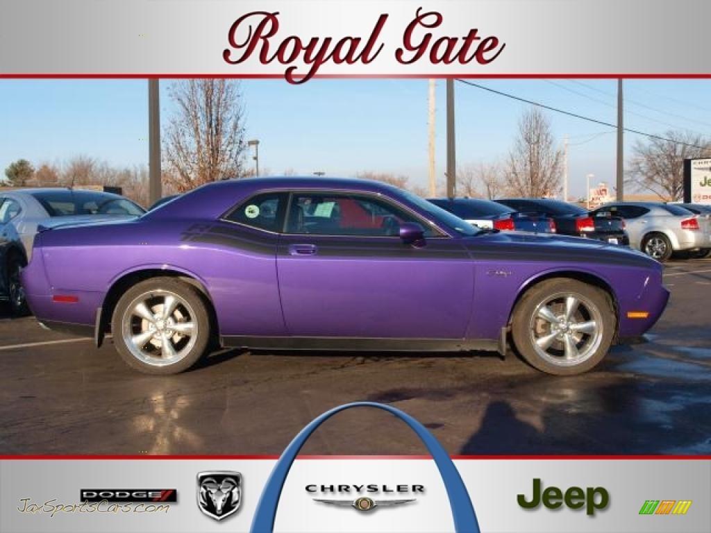 2010 Dodge Challenger R T Classic In Plum Crazy Purple