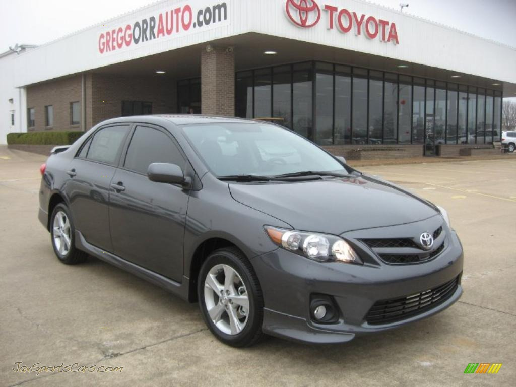 Magnetic gray metallic dark charcoal toyota corolla s