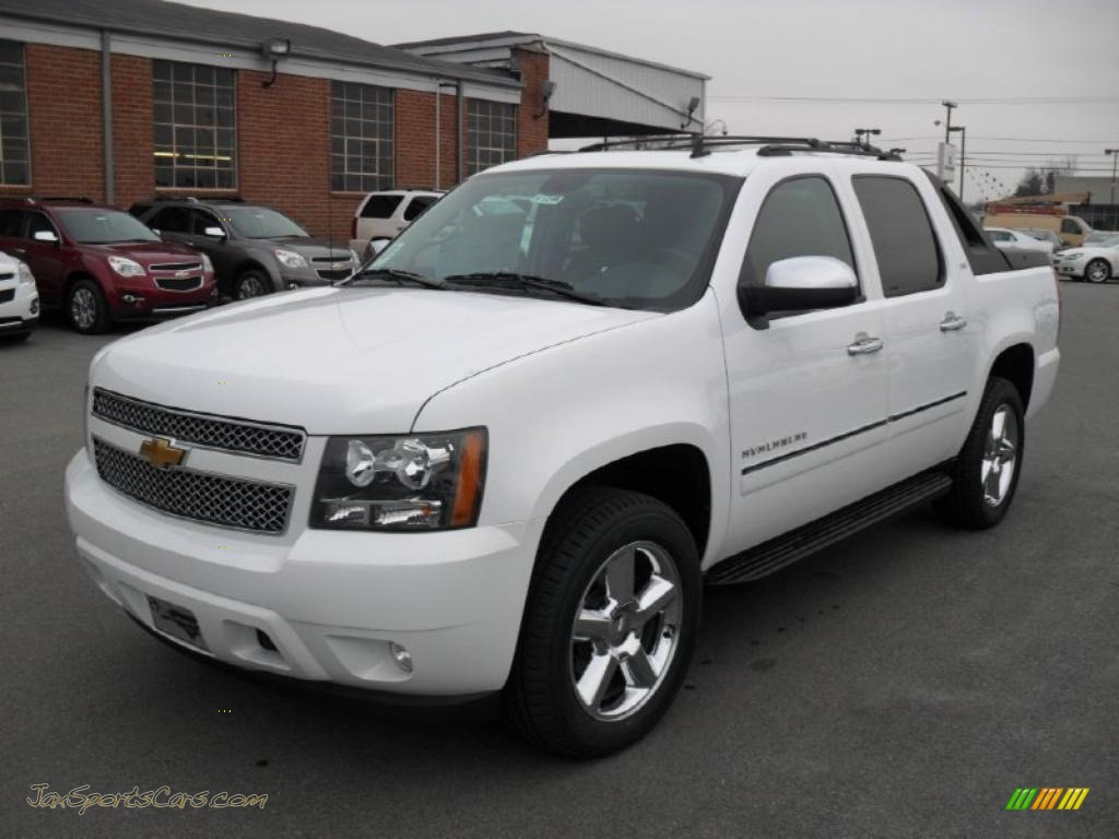 2011 chevrolet avalanche ltz 4x4 in summit white 231833 jax sports cars cars for sale in. Black Bedroom Furniture Sets. Home Design Ideas