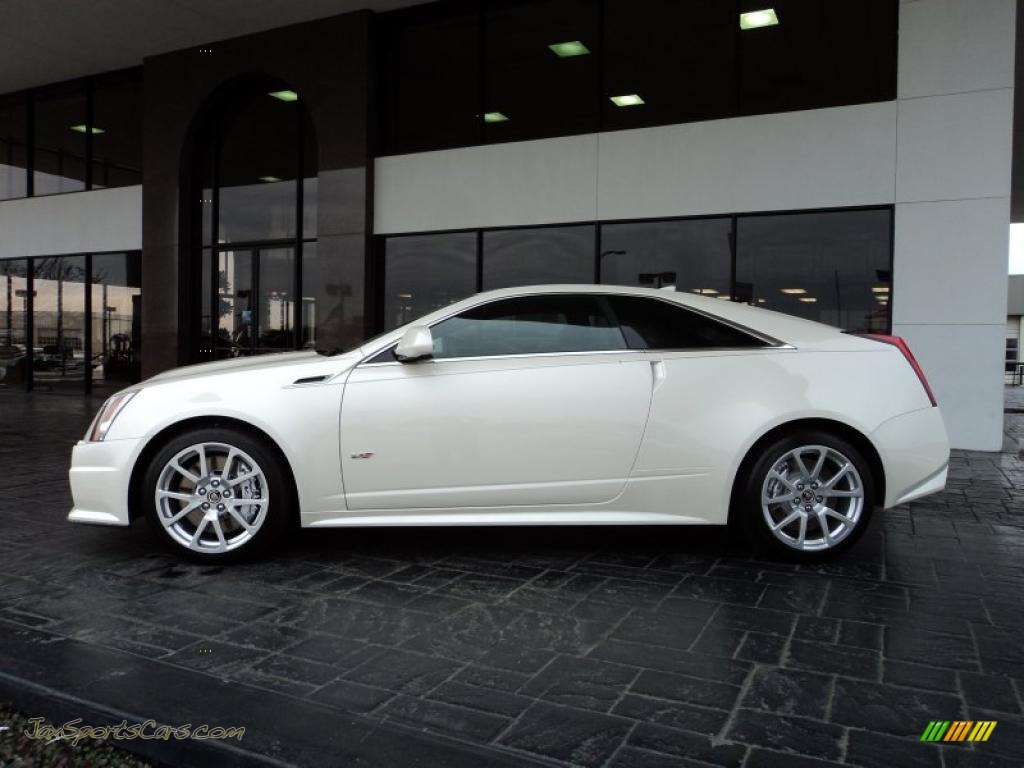 2011 Cadillac CTS -V Coupe in White Diamond Tricoat photo #3 - 138495