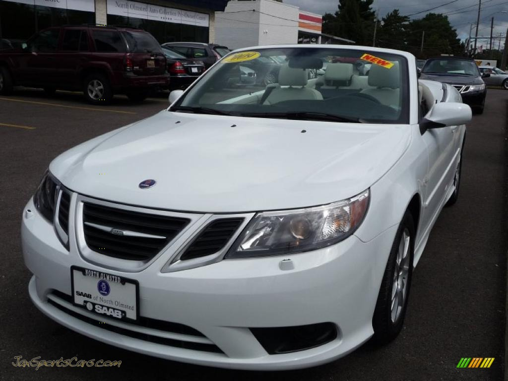 2009 saab 9 3 2 0t convertible in arctic white photo 2. Black Bedroom Furniture Sets. Home Design Ideas