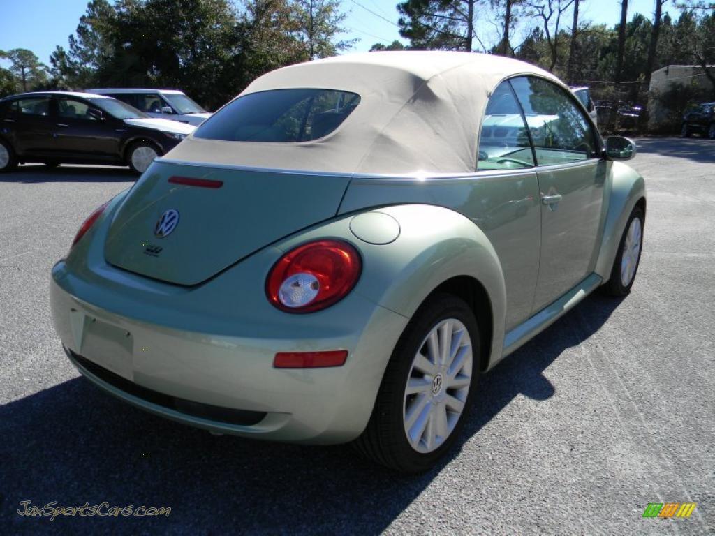 2008 Volkswagen New Beetle SE Convertible in Gecko Green ...