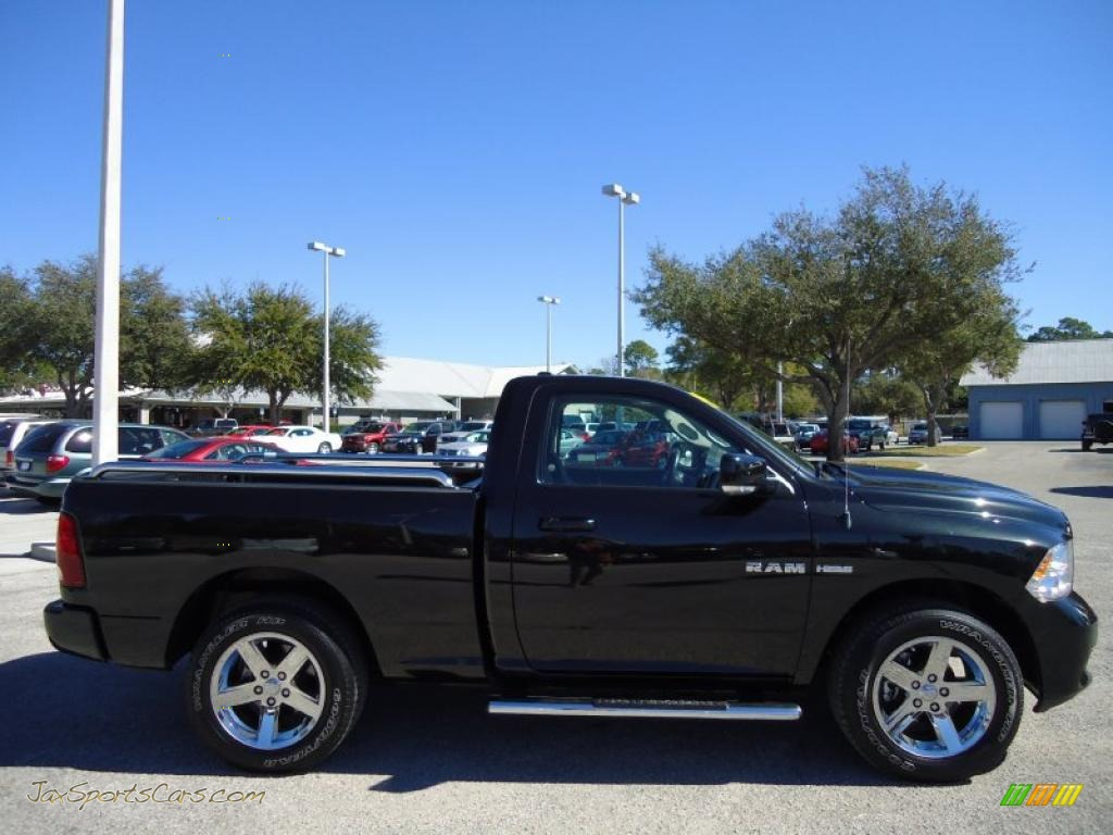 2009 dodge ram 1500 r t regular cab in brilliant black crystal pearl photo 9 533366 jax. Black Bedroom Furniture Sets. Home Design Ideas