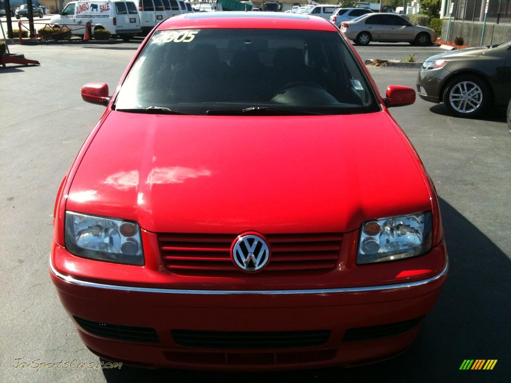 2005 volkswagen jetta gli sedan in tornado red photo 3. Black Bedroom Furniture Sets. Home Design Ideas