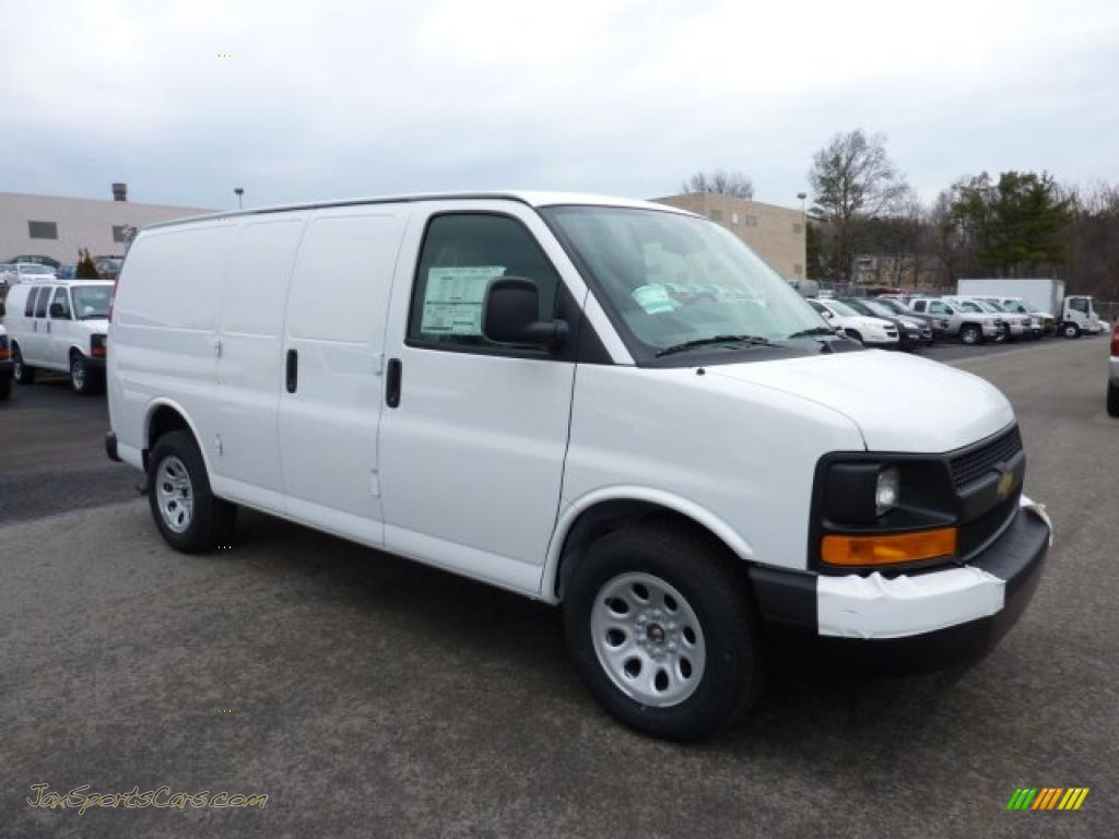 2011 chevrolet express 1500 awd cargo van in summit white photo 4 142778 jax sports cars. Black Bedroom Furniture Sets. Home Design Ideas