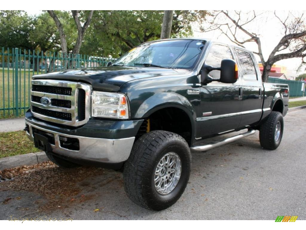 2006 F250 Super Duty XLT FX4 Crew Cab 4x4 - Dark Green Satin Metallic / Medium Flint photo #1