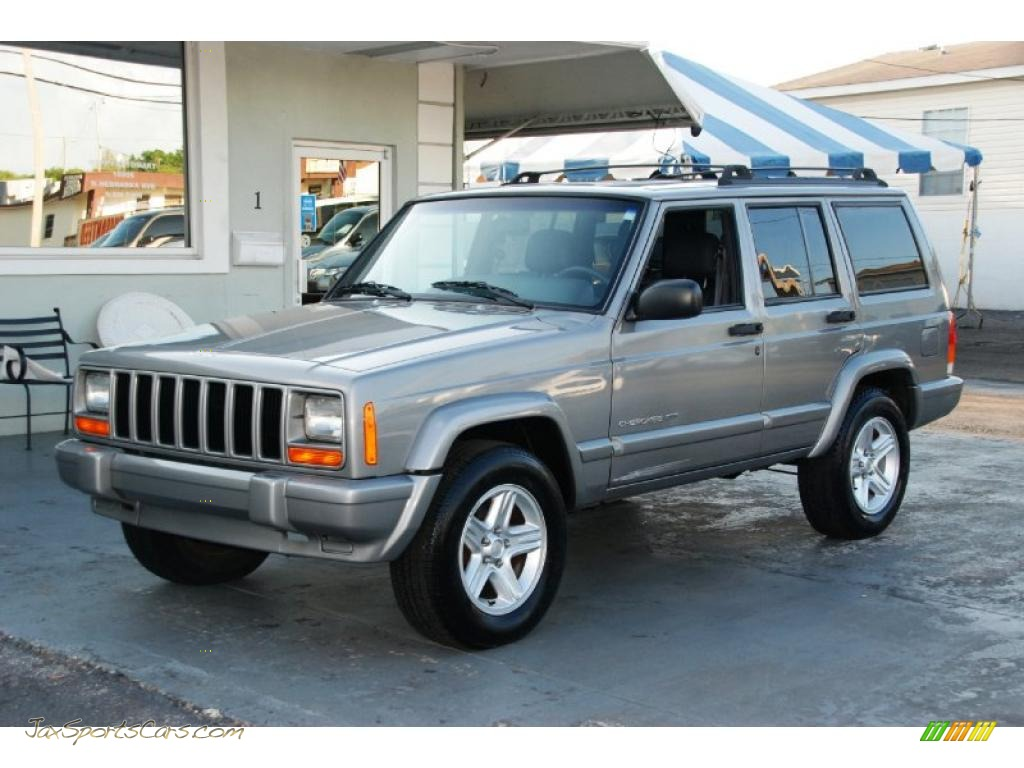 2001 cherokee classic silverstone metallic agate photo 1. Cars Review. Best American Auto & Cars Review