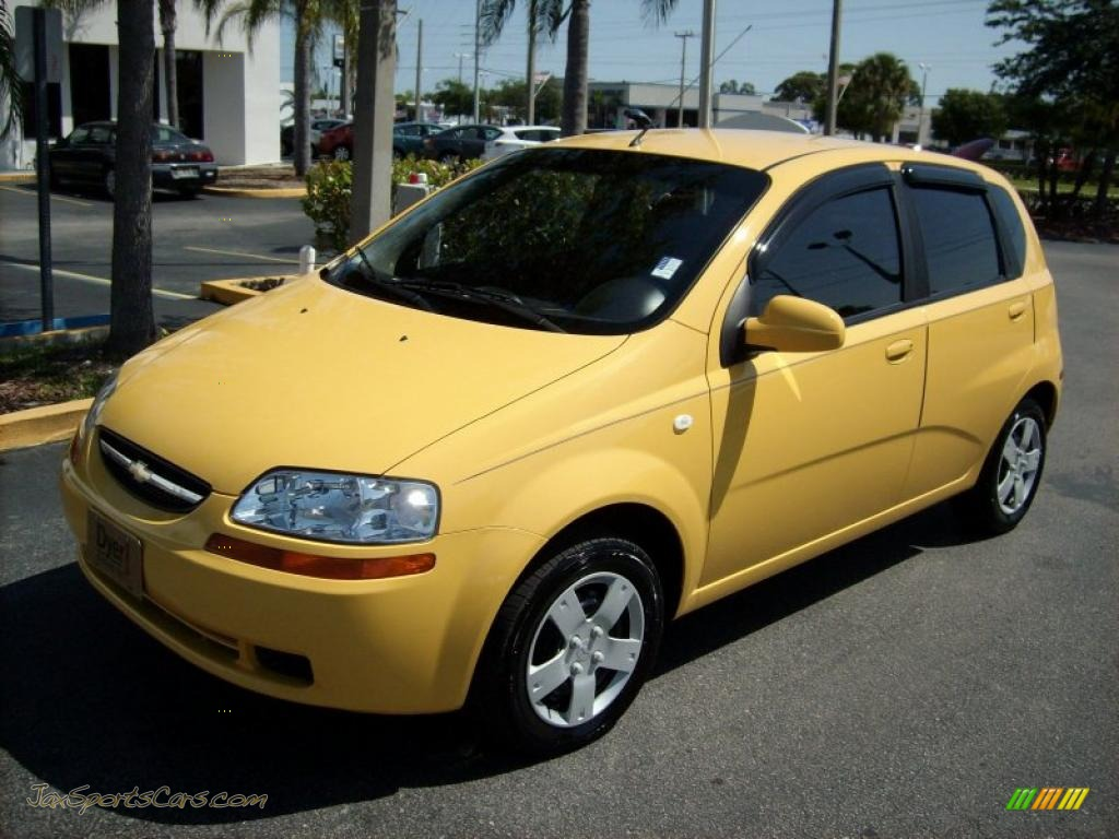 2006 chevrolet aveo ls hatchback in summer yellow 670788. Black Bedroom Furniture Sets. Home Design Ideas