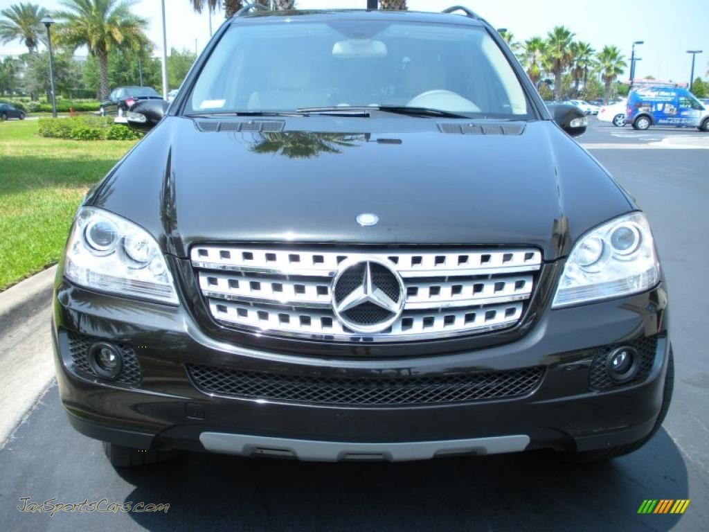 2008 mercedes benz ml 320 cdi 4matic in obsidian black. Black Bedroom Furniture Sets. Home Design Ideas