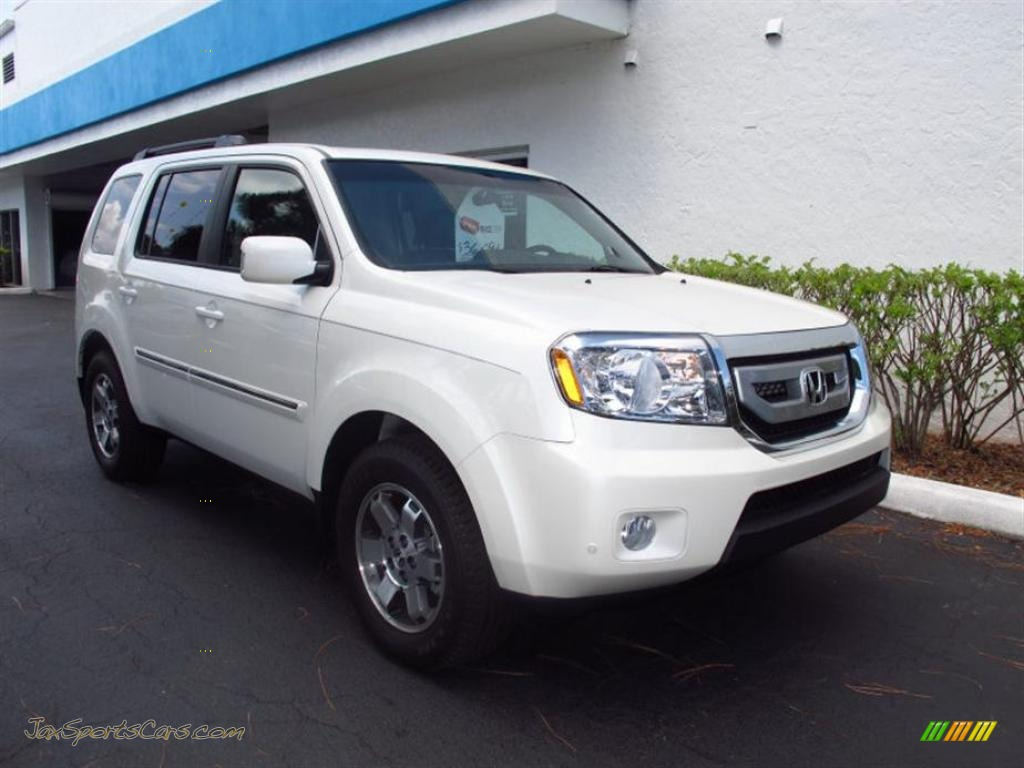 2011 Honda Pilot Touring In White Diamond Pearl 045944