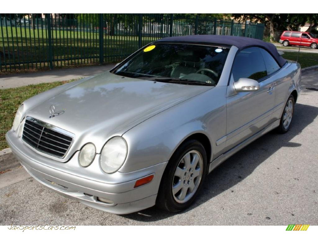 2002 mercedes benz clk 320 cabriolet in brilliant silver for Mercedes benz clk 2002