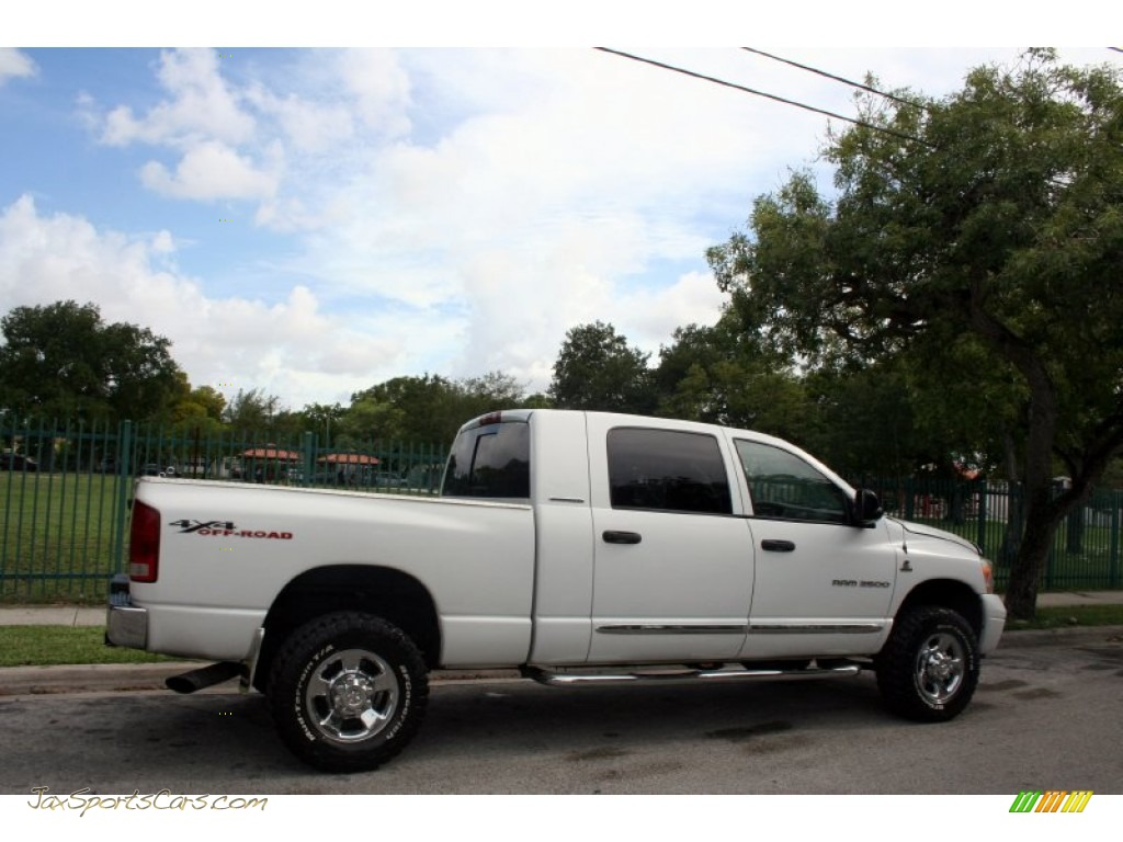 2006 dodge ram 2500 laramie mega cab 4x4 in bright white. Black Bedroom Furniture Sets. Home Design Ideas