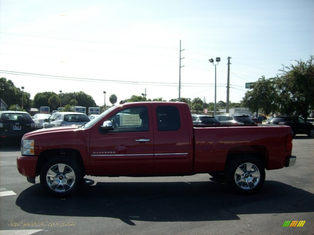 2011 chevrolet silverado 1500 lt extended cab in victory red photo 3 410482 jax sports cars. Black Bedroom Furniture Sets. Home Design Ideas