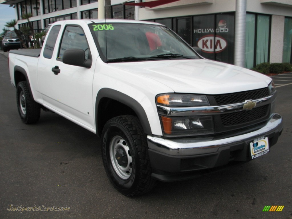 Summit white medium pewter chevrolet colorado extended cab 4x4