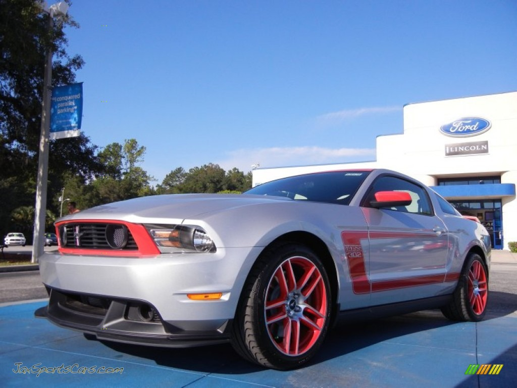 2012 ford mustang boss 302 laguna seca in ingot silver metallic race red photo 29 244736. Black Bedroom Furniture Sets. Home Design Ideas