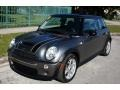 Mini Cooper S Hardtop Dark Silver Metallic photo #1