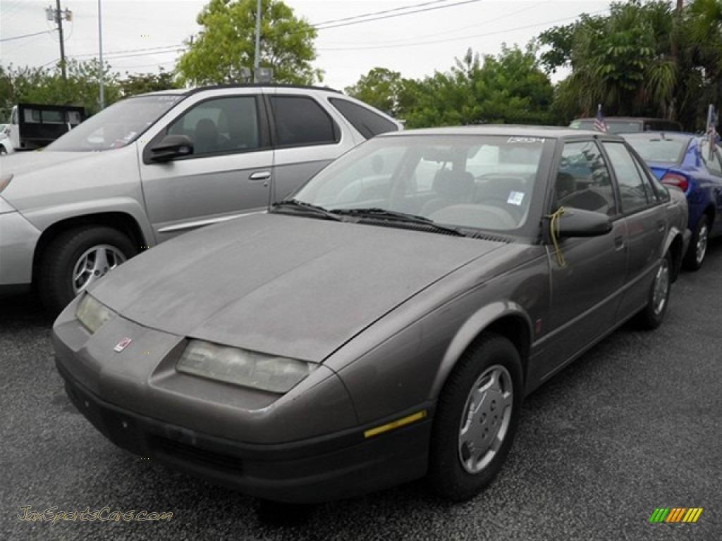 1992 Saturn S Series Sl1 Sedan In Medium Gray Metallic