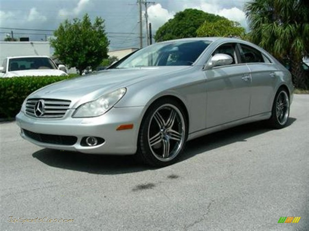 2006 mercedes benz cls 500 in iridium silver metallic for Mercedes benz silver
