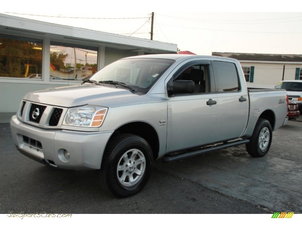 2004 nissan titan se crew cab 4x4 in radiant silver 560551 jax sports cars cars for sale. Black Bedroom Furniture Sets. Home Design Ideas
