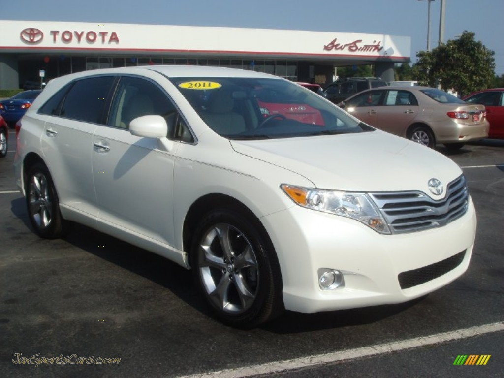 2011 toyota venza v6 in blizzard pearl white 037414. Black Bedroom Furniture Sets. Home Design Ideas
