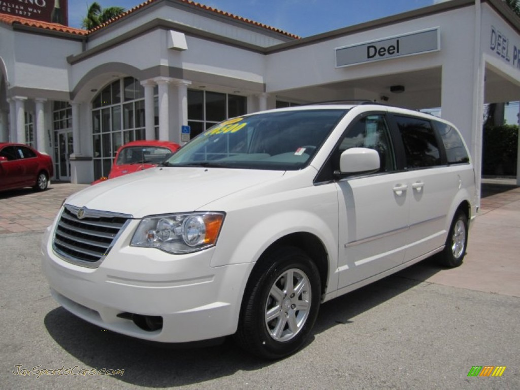 2010 chrysler town country touring in stone white for Stone s town country motors
