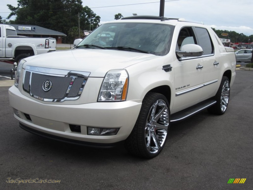 2007 cadillac escalade ext awd in white diamond photo 14. Cars Review. Best American Auto & Cars Review