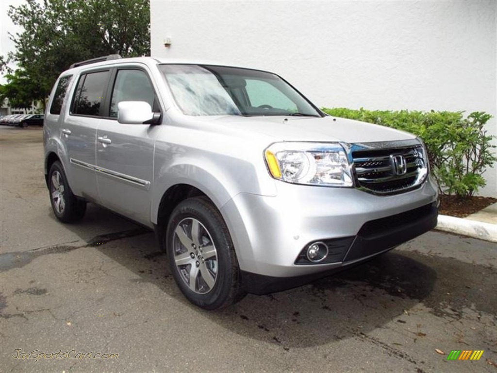 2012 Honda Pilot Touring In Alabaster Silver Metallic