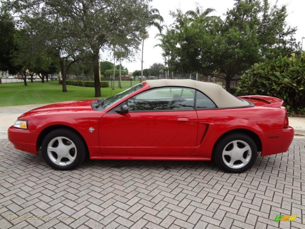 1999 ford mustang gt convertible in rio red photo 3. Black Bedroom Furniture Sets. Home Design Ideas