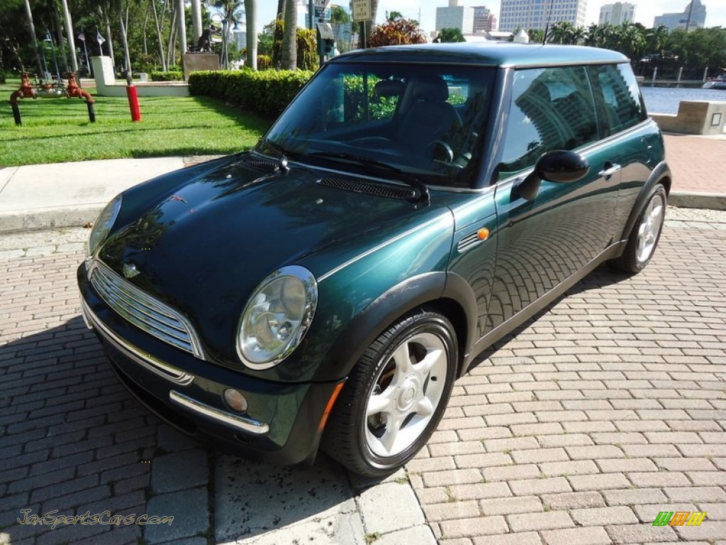 2002 mini cooper hardtop in british racing green metallic c36119 jax sports cars cars for. Black Bedroom Furniture Sets. Home Design Ideas