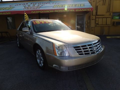 Light Cashmere Metallic 2006 Cadillac DTS