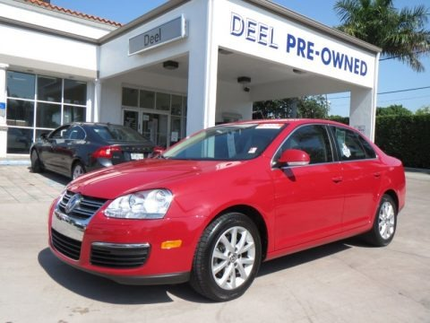 Salsa Red 2010 Volkswagen Jetta SE Sedan