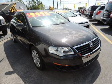 Mocha Brown 2006 Volkswagen Passat 2.0T Sedan