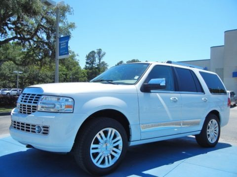 White Platinum Tri-Coat 2011 Lincoln Navigator 4x2