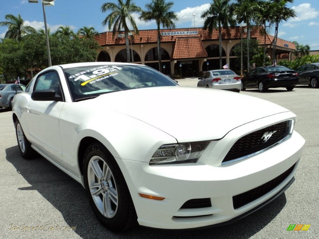 performance white charcoal black ford mustang v6 coupe