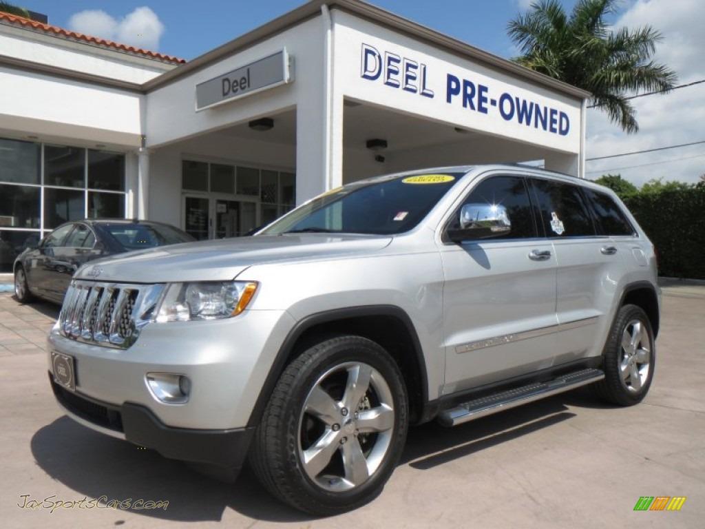 2011 Jeep Grand Cherokee Overland In Bright Silver