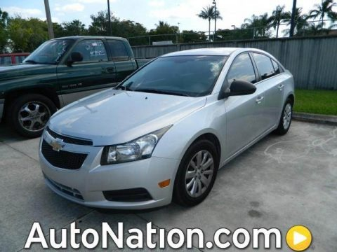 Silver Ice Metallic 2011 Chevrolet Cruze LS