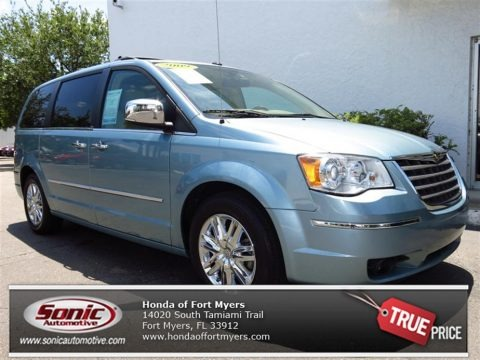 Clearwater Blue Pearl 2009 Chrysler Town & Country Limited