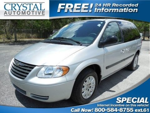 Bright Silver Metallic 2006 Chrysler Town & Country