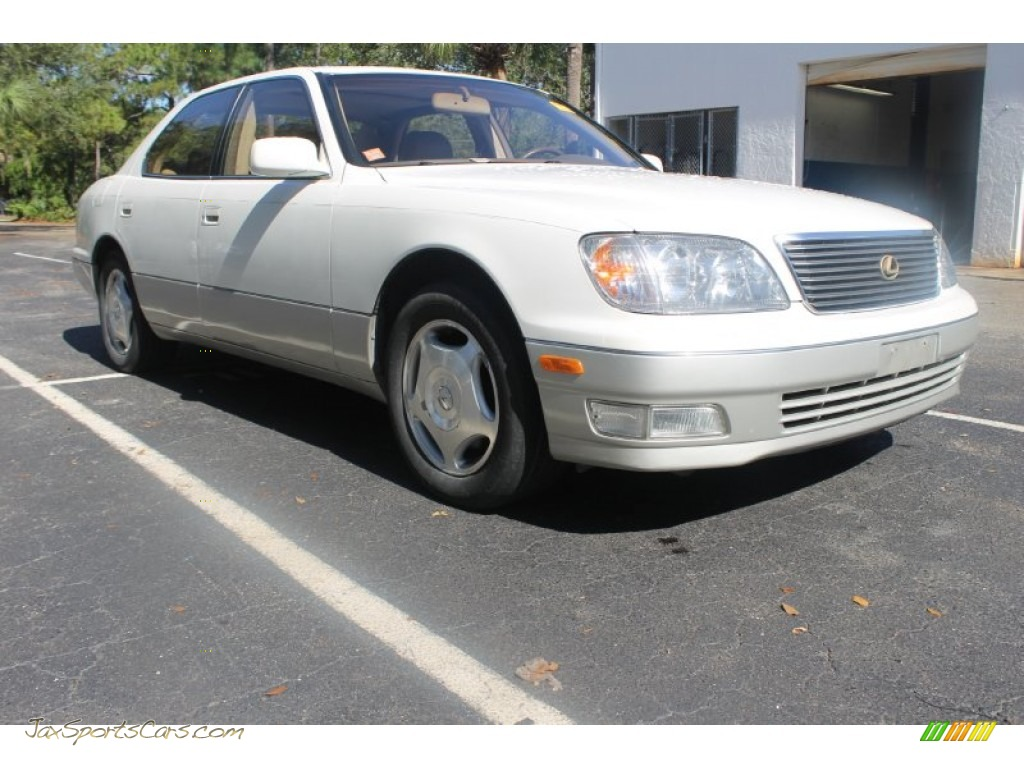 1998 LS 400 - Diamond White Pearl / Ivory photo #1