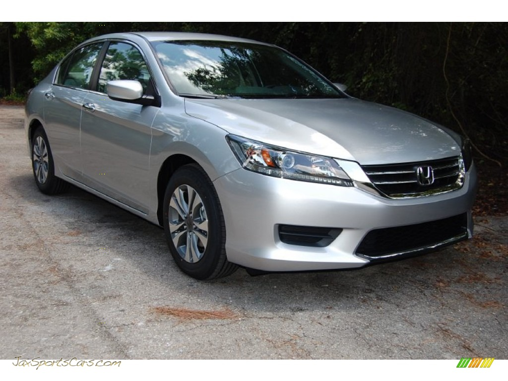 2013 Honda Accord Lx Sedan In Alabaster Silver Metallic