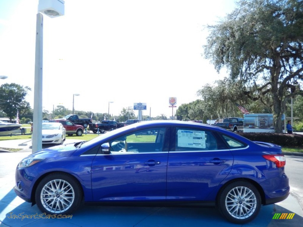 2014 ford focus titanium sedan in performance blue photo 2 166035 jax sports cars cars. Black Bedroom Furniture Sets. Home Design Ideas