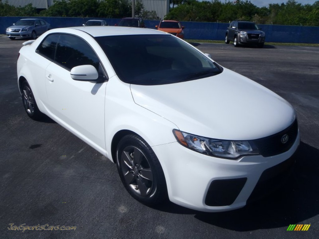 2012 kia forte koup ex in clear white 596641 jax sports cars cars for sale in florida. Black Bedroom Furniture Sets. Home Design Ideas