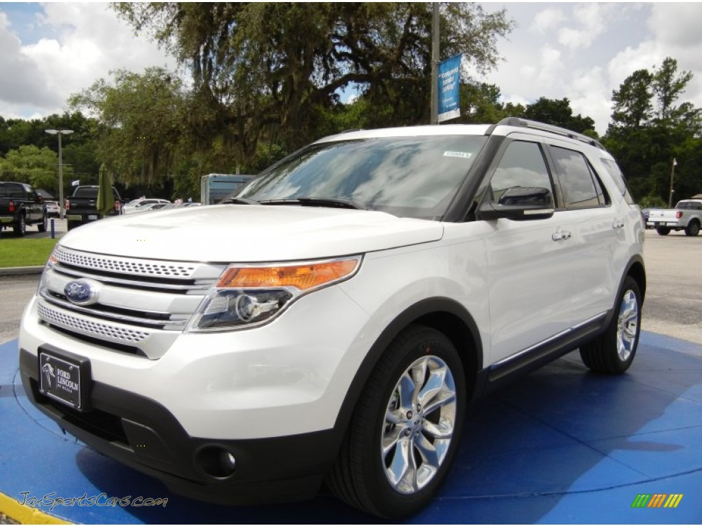 2015 ford explorer xlt in white platinum a12546 jax sports cars cars for sale in florida. Black Bedroom Furniture Sets. Home Design Ideas